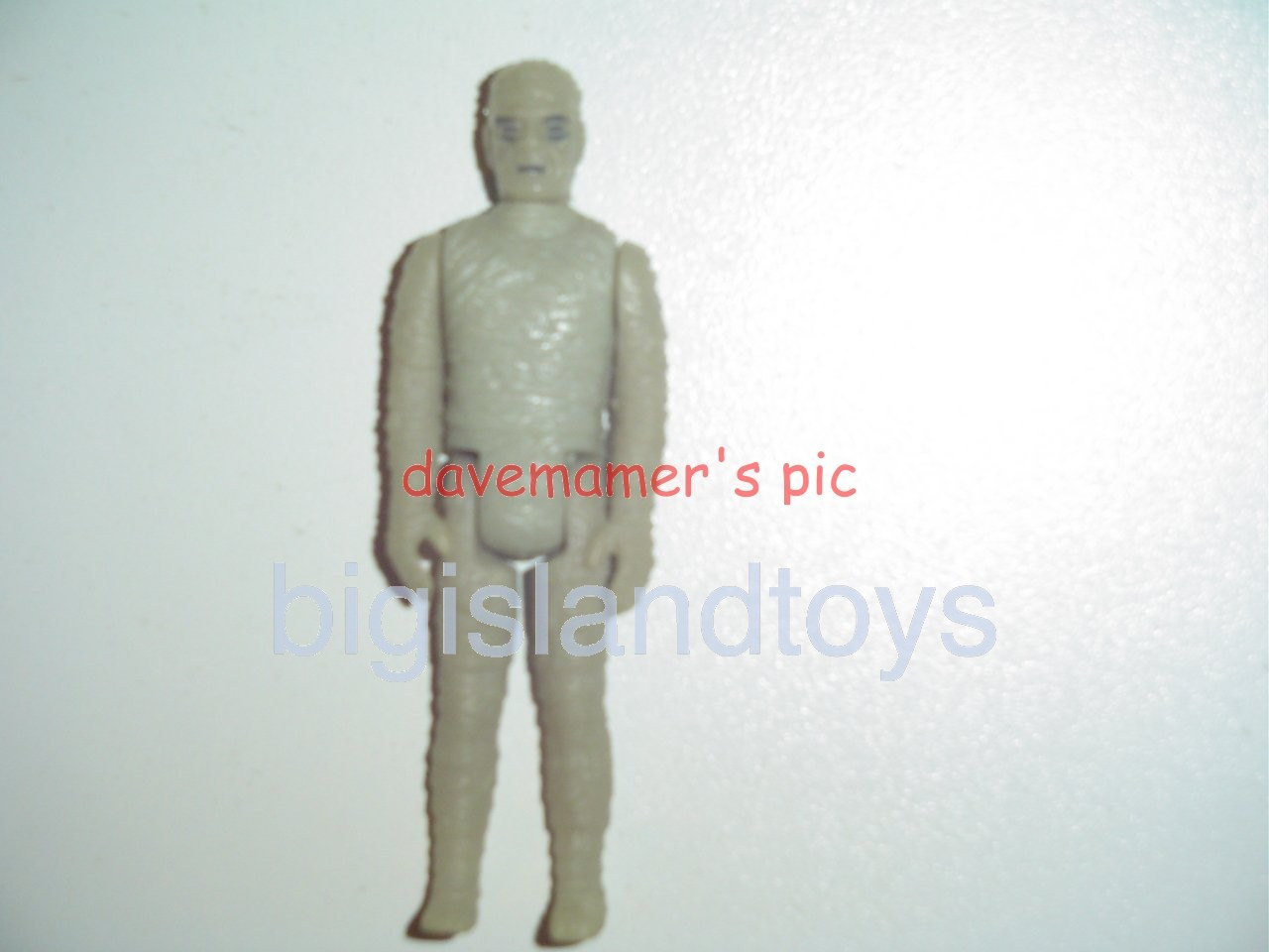 Universal Studios Monsters Mini Monsters   THE MUMMY MONSTER Glow in the Dark