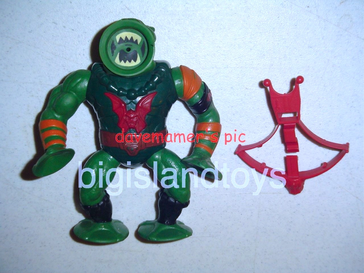 Masters of the Universe Series 4 1985   LeechOrange shoulder Red Bow