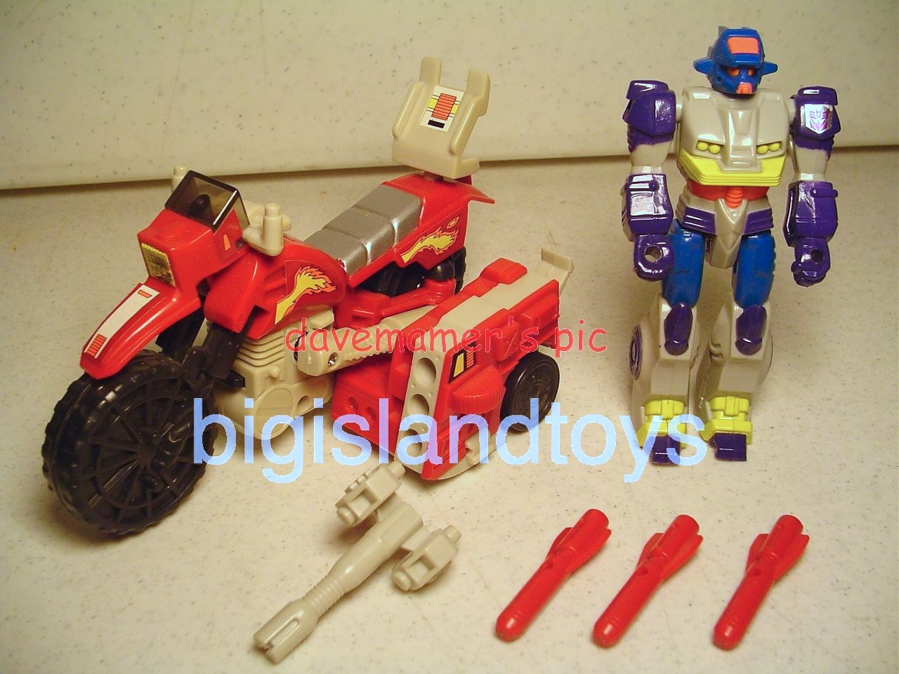 Transformers Generation One G1 1990  Action Masters Axer with Off-Road Cycle