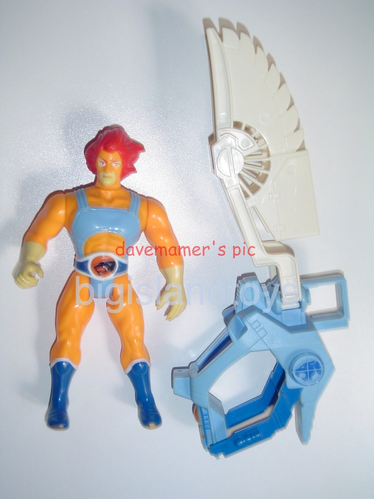 Thundercats Deluxe Figures   Lion-O with Thunder Wings