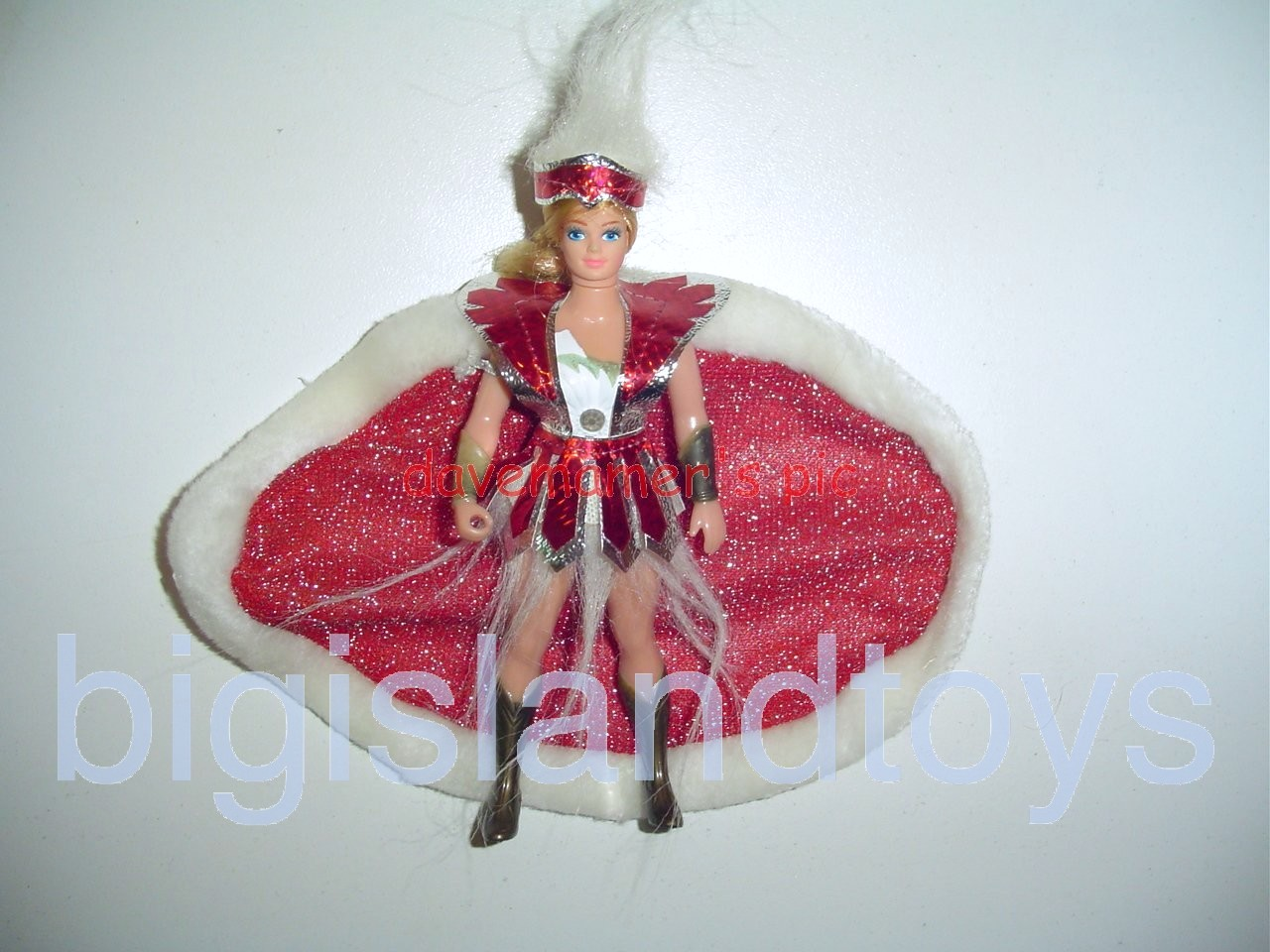 Princess of Power Fantastic Fashions   Ready in Red