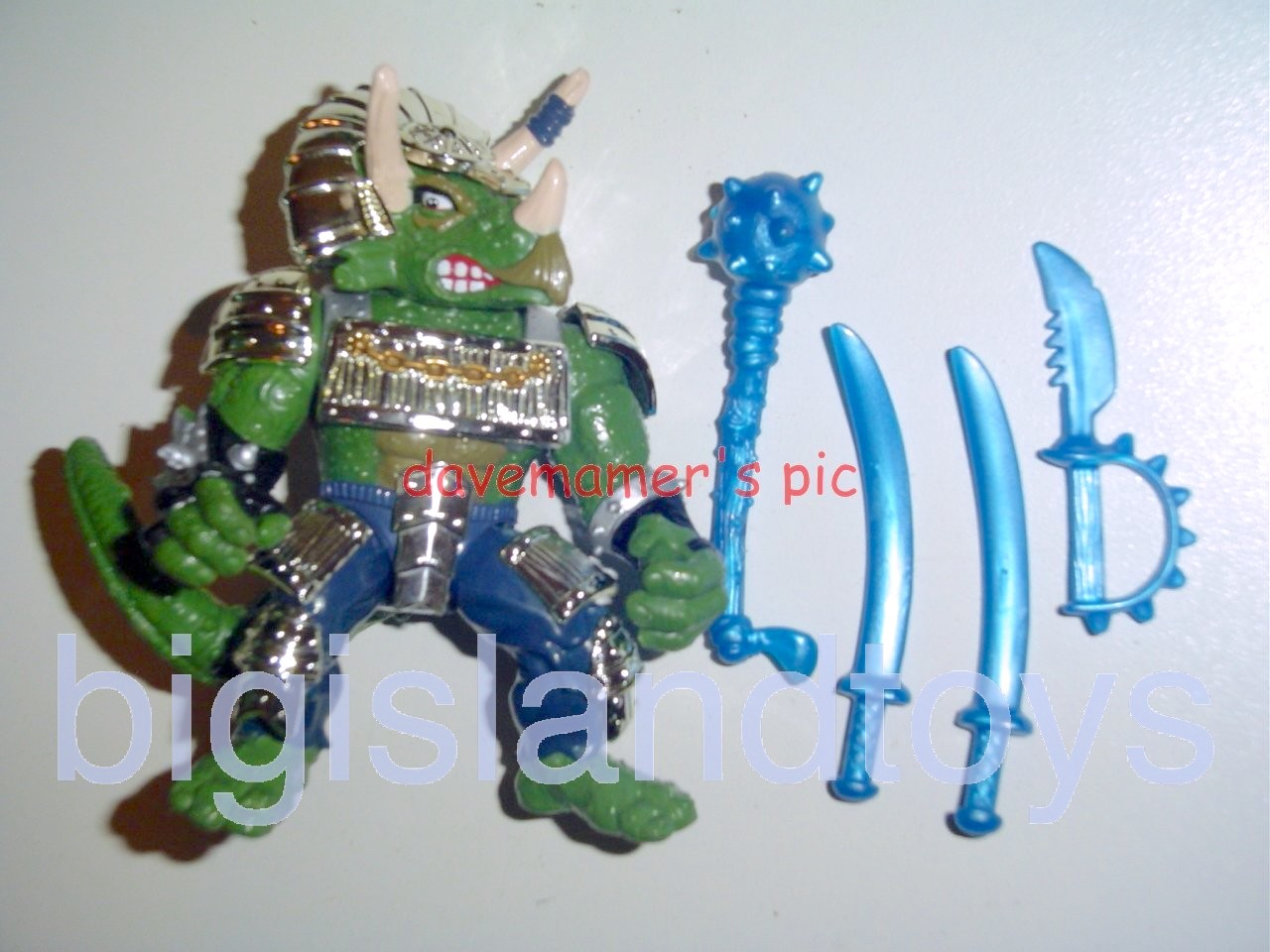 Teenage Mutant Ninja Turtles 1994 Figures   Shogun TRICERATON