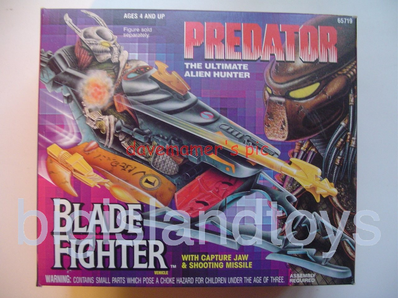 Predator    BLADE FIGHTER with Capture Jaw & Shooting Missile