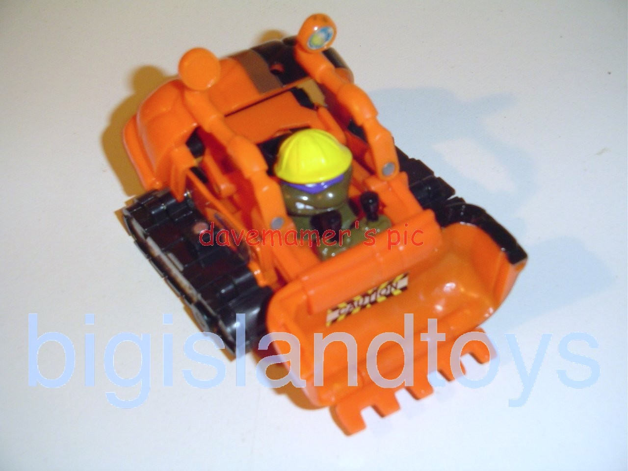Teenage Mutant Ninja Turtles 1994 Figures   Mutatin DON DONATELLO Construction Bulldozer