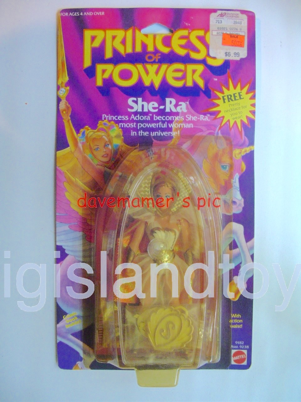 Princess of Power Action Figures   She-Ra Princess AdoraWith Necklace Premium