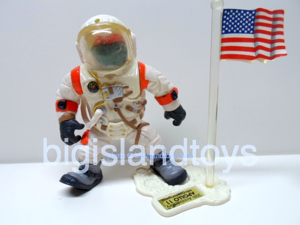 Teenage Mutant Ninja Turtles 1994 Figures      APOLLO 11 MIKE