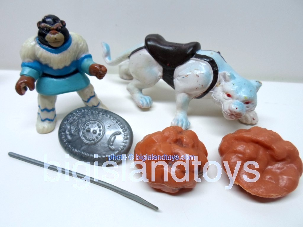 Thundercats Mini Figures   Snowman of Hook Mountain and SnowMeow