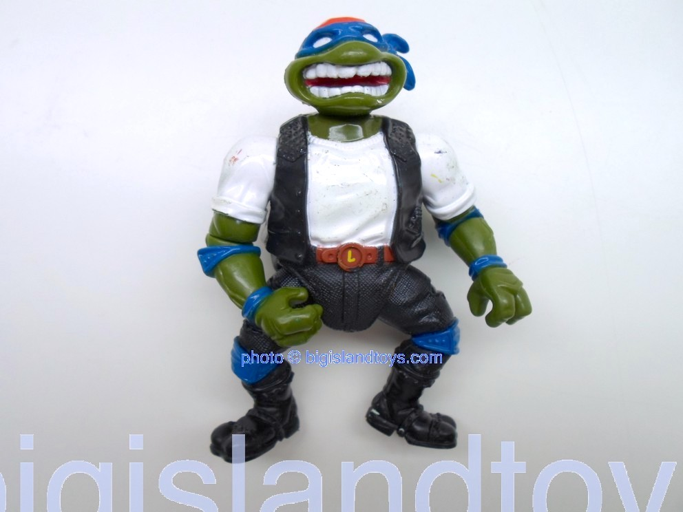 Teenage Mutant Ninja Turtles 1994 Figures       CLASSIC LEO Black with cruisin Cycle