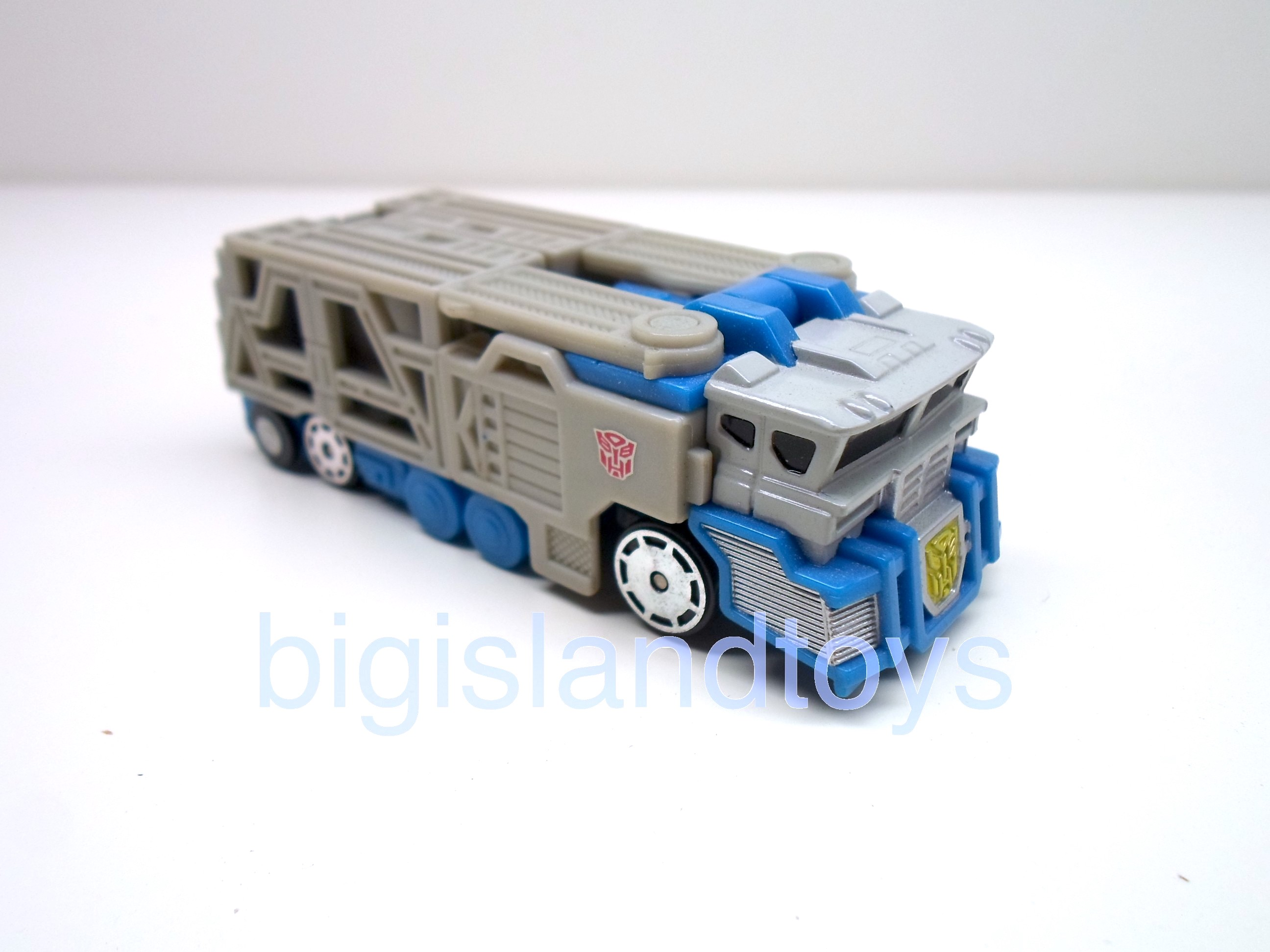Transformers  Robots in Disguise   Ultra Magnus Spychanger