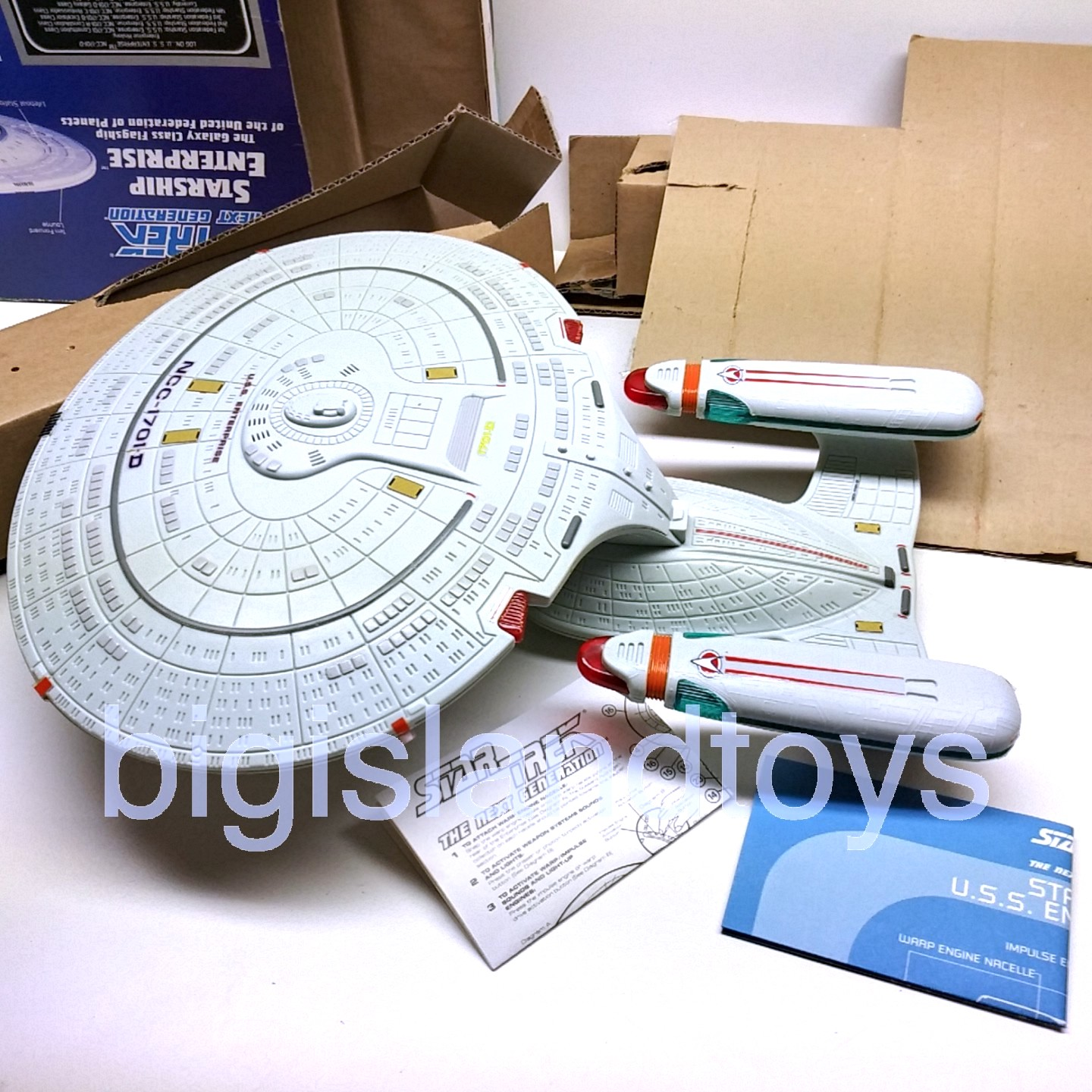 Star Trek  The Next Generation   Starship Enterprise NCC-1701-D